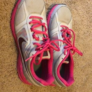 Nike Reslon